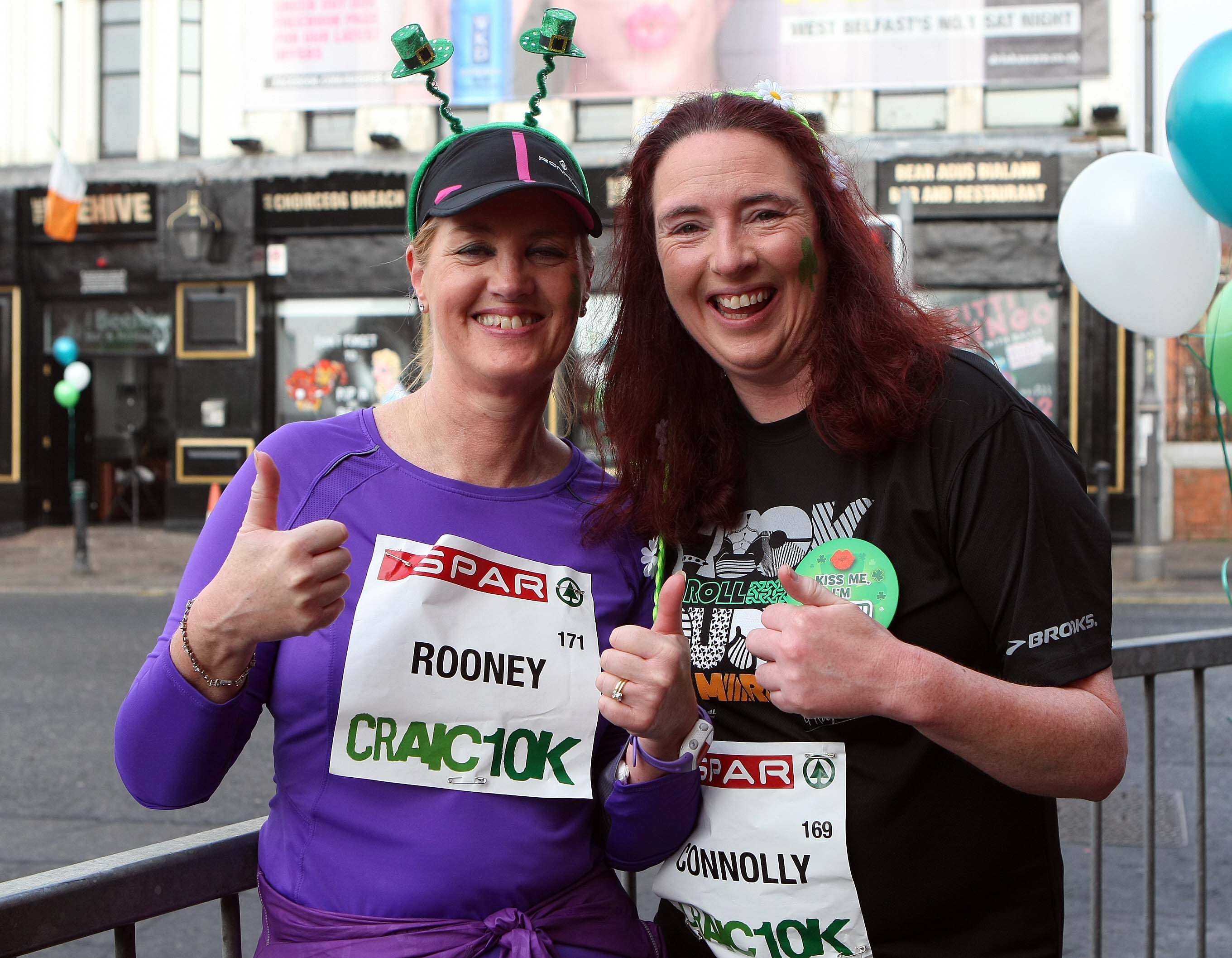 Tuesday 17-3-2015St Patrick's DaySPAR Craic 10k BelfastThumbs up for the runSparCraic10K170315FP028