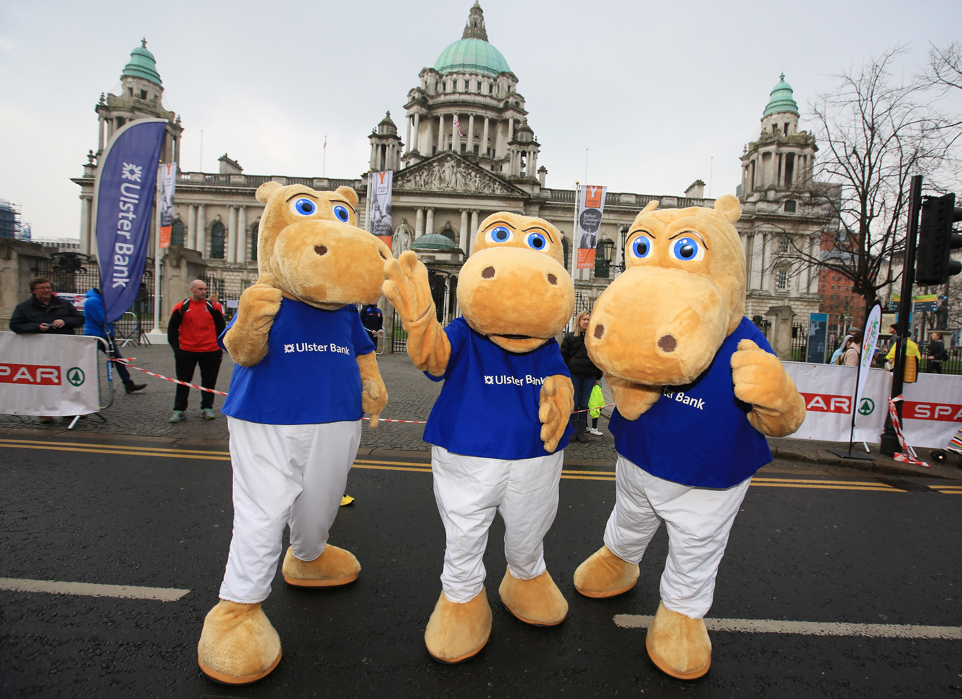 City Hall SPAR Craic 10K. pictured: the Ulster Bank Team 1703JC15